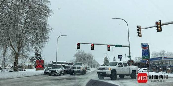 游客飛西雅圖遇23年來最大暴雪:飛機貨艙門被凍住