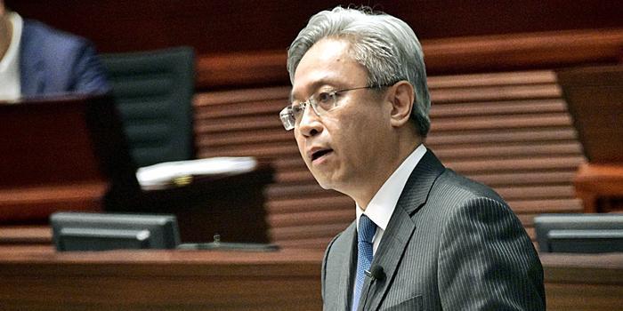 香港公務員事務局局長:對涉暴公務員絕不姑息