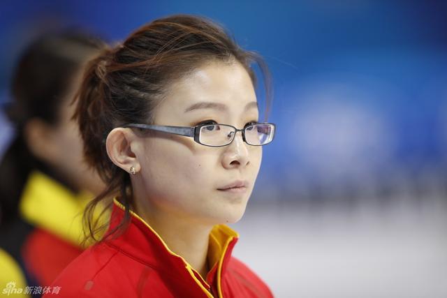 北京时间3月20日,2017北京世界女子冰壶锦标赛,中国队迎战韩国队。新浪体育 李欣/摄