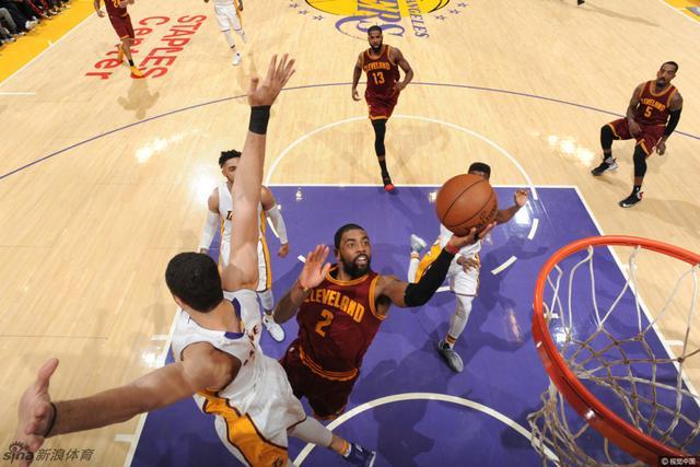 北京时间3月20日,NBA常规赛继续进行,湖人坐镇主场迎战骑士。