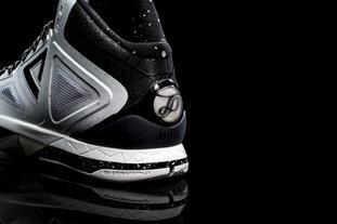 帕克三代战靴引爆极速