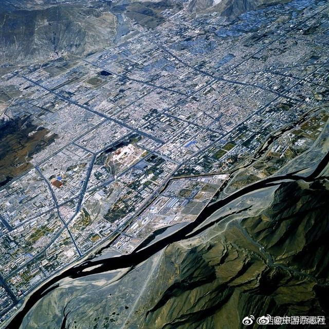 换一个视角看西藏,更加震撼 (图/田捷砚)via西藏旅游杂志社