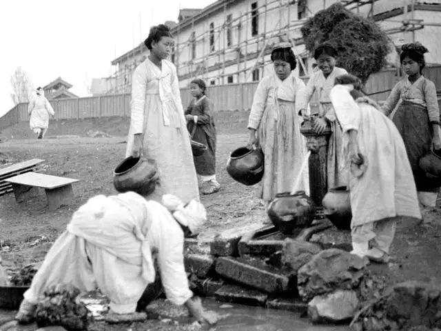 1917年-1919年间,朝鲜半岛,平壤。【摄影: Sidney David Gamble 】
