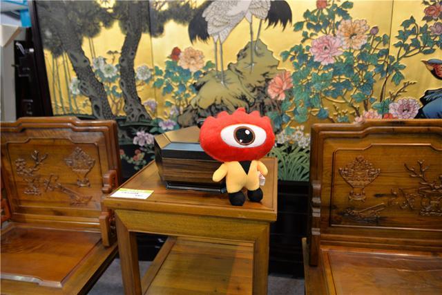 今天起至23日,第六届中国(无锡)国际文化艺术产业博览交易会(以下简称无锡文博会)在太湖国际博览中心举行。