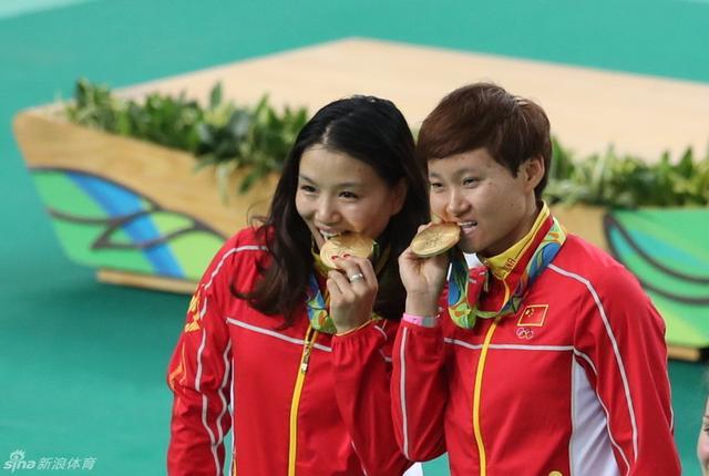 8月13日,里约奥运会场地自行车赛进行,中国男队及女队出战。新浪体育/李欣 摄
