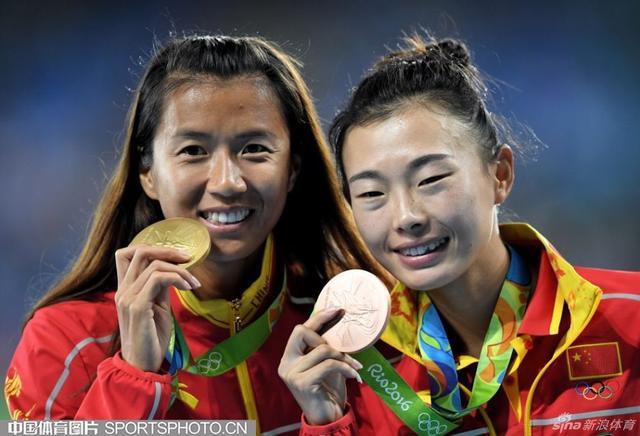 北京时间8月20日,里约奥运会女子20公里竞走,刘虹夺金,吕秀芝摘铜。