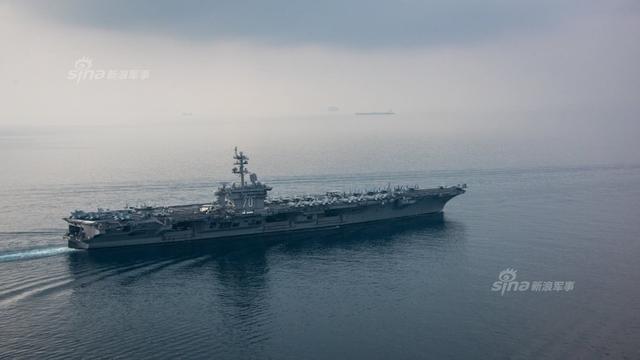 4月12日,美国卡尔文森航母打击群离开朝鲜半岛回到南海巡航。4月15日穿过印尼苏门答腊岛与爪哇岛之间的巽他海峡,奔南太平洋去了,估计是去澳洲?